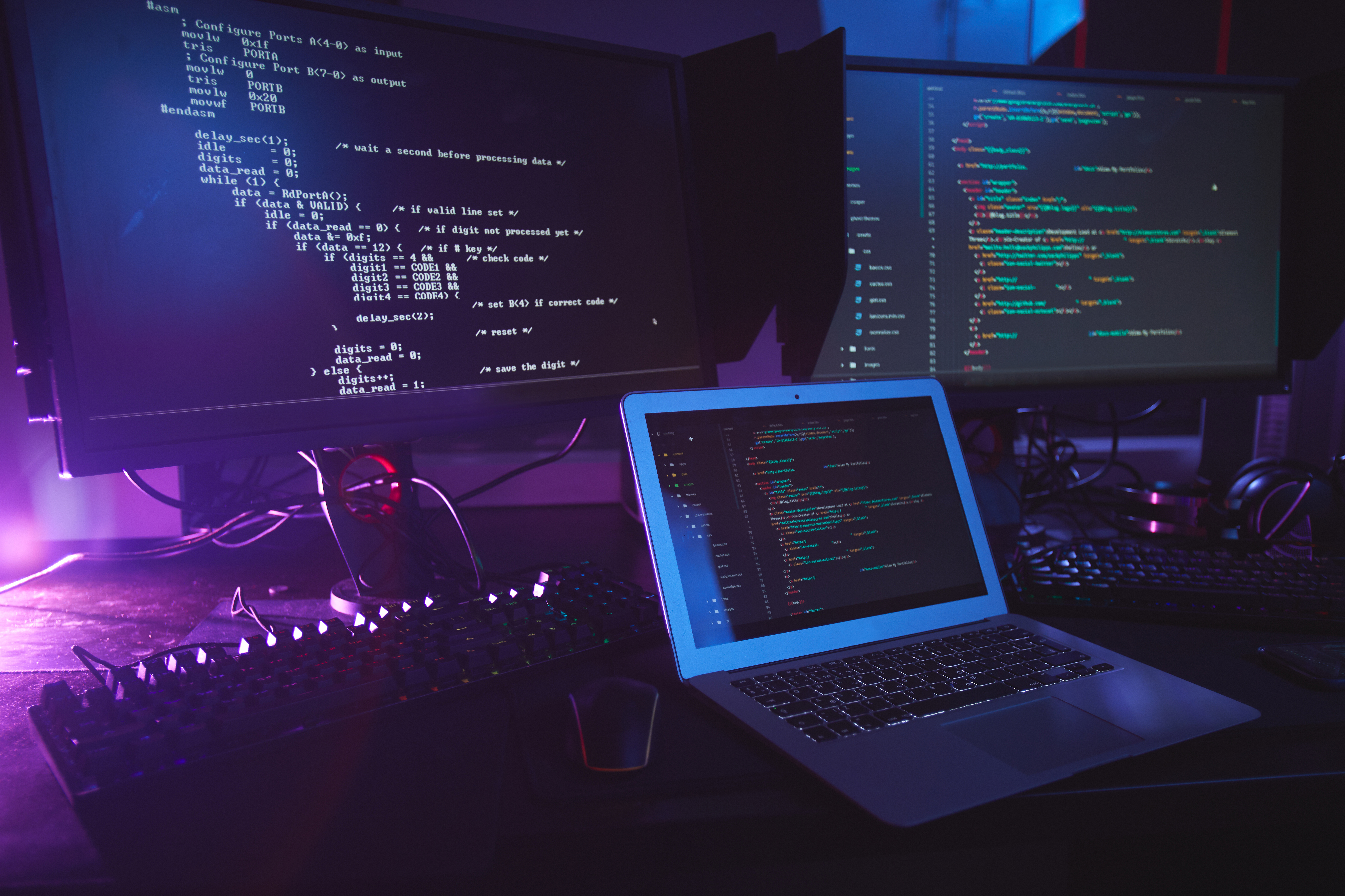 Understanding of Programming Languages for website design and development services